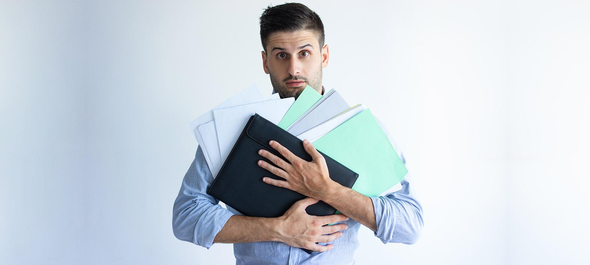 recruiter optimizing the remote recruitment process