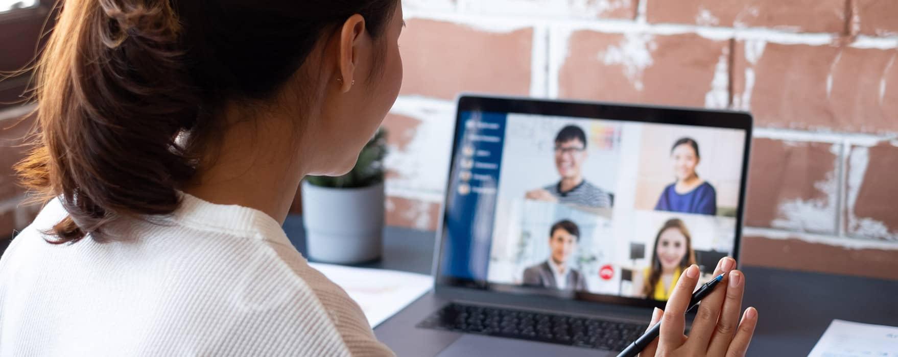 An interviewer using video interviewing software