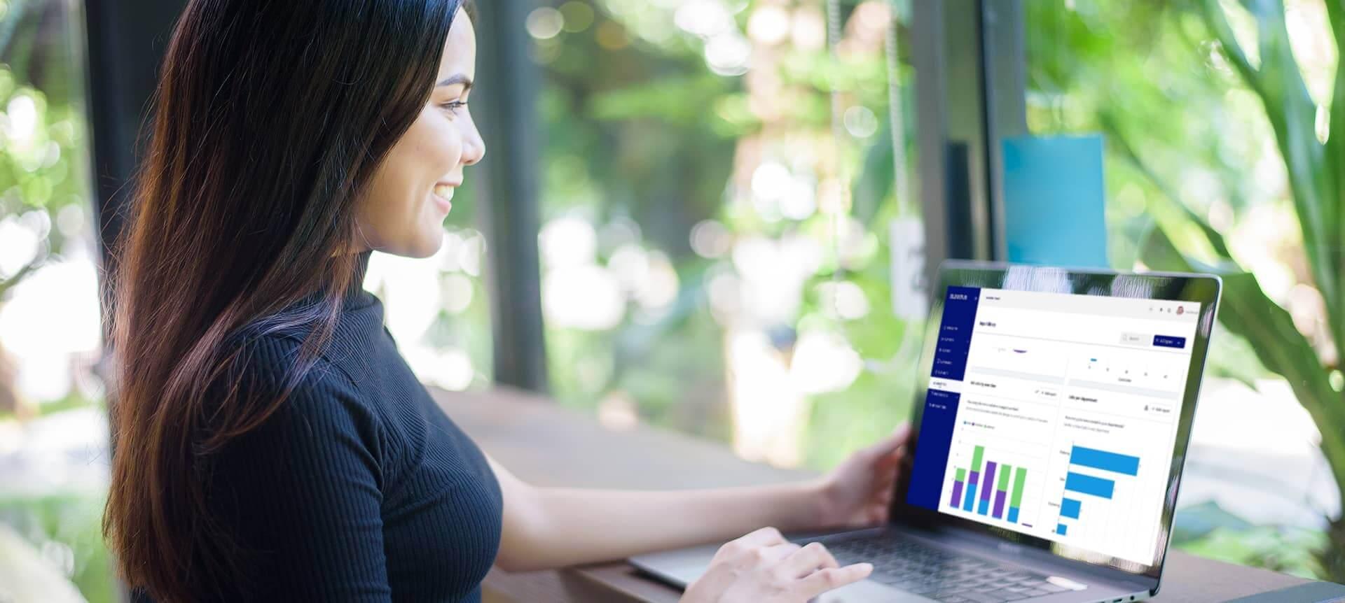 A female recruiter using EVA-REC.